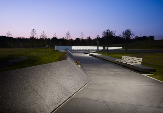 Flight 93 National Memorial / Paul Murdoch Architects (5) Flight 93 National Memorial / Paul Murdoch Architects © Eric Staudenmaier