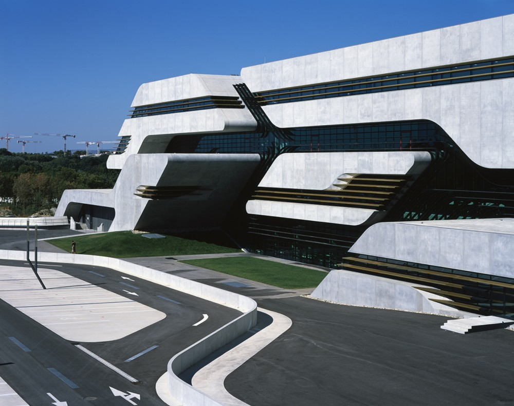 Pierres vives by zaha hadid freshersmag - Batiment moderne ...