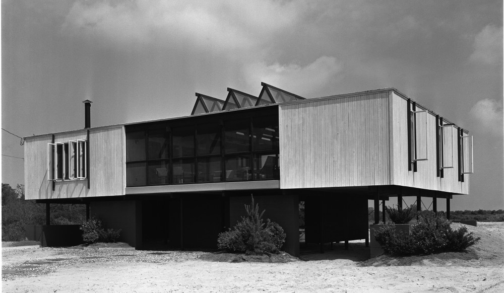 Video: The late Pedro E. Guerrero speaking at the Julius Shulman Institute