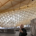 New Department of Islamic Art Opens Tomorrow at the Louvre (2) Mario Bellini visiting the Department of Islamic Arts, Louvre &#xa9; courtesy Mario Bellini Architect(s)