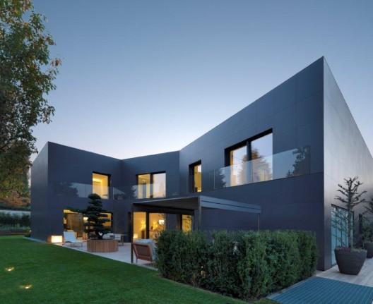 Casa di sassuolo enrico iascone architetti archdaily for Case di architetti