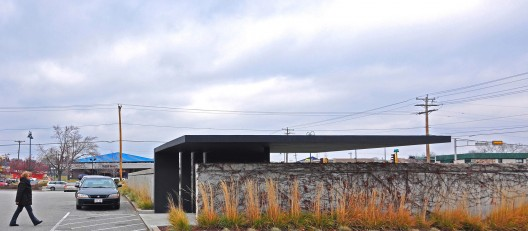 Layton Pavilion / Johnsen Schmaling Architects  John J. Macaulay