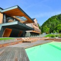 Villa &quot;On the deck into life&quot; / Superform  Miran Kambic