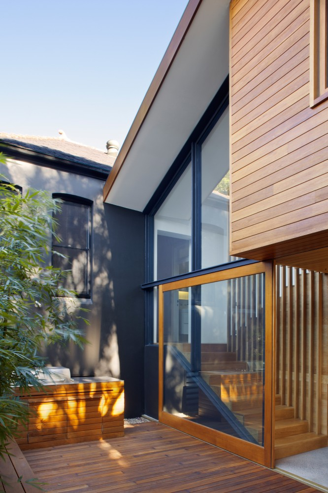 Queen's Park House / Fox Johnston