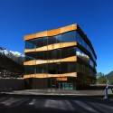 Commercial Building Islas / Mierta & Kurt Lazzarini Architekten Courtesy of Mierta & Kurt Lazzarini Architekten