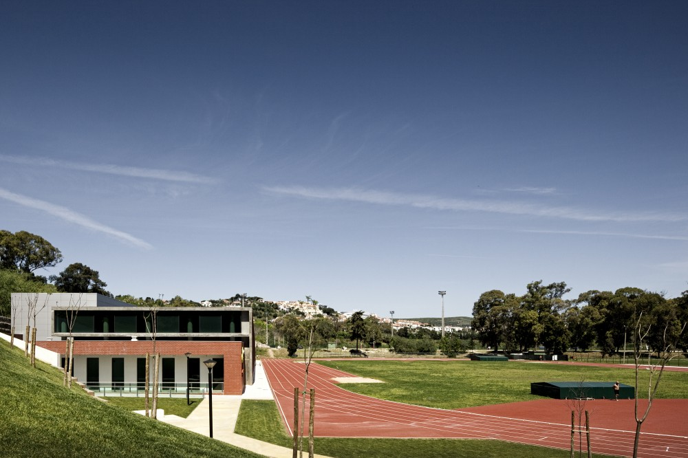 Center for High Performance Athletics in Jamor / Espao Cidade Arquitectos