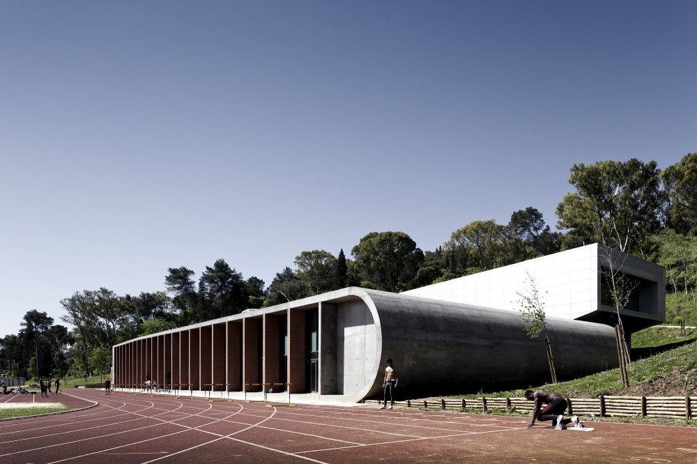 Center for High Performance Athletics in Jamor / Espaço Cidade Arquitectos
