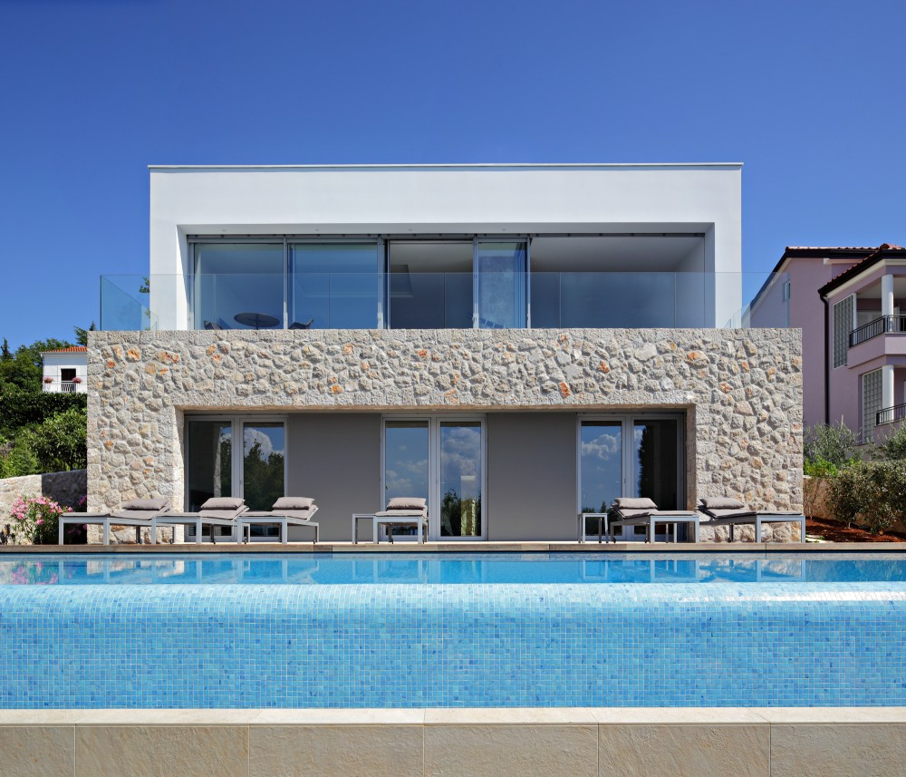 House on Krk Island / DVA Arhitekta