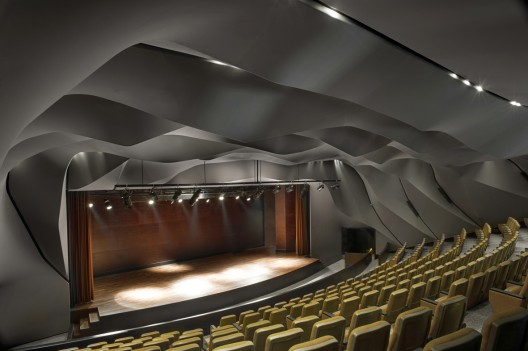 Masrah Al Qasba Theater / Magma Architecture  Torsten Seidel