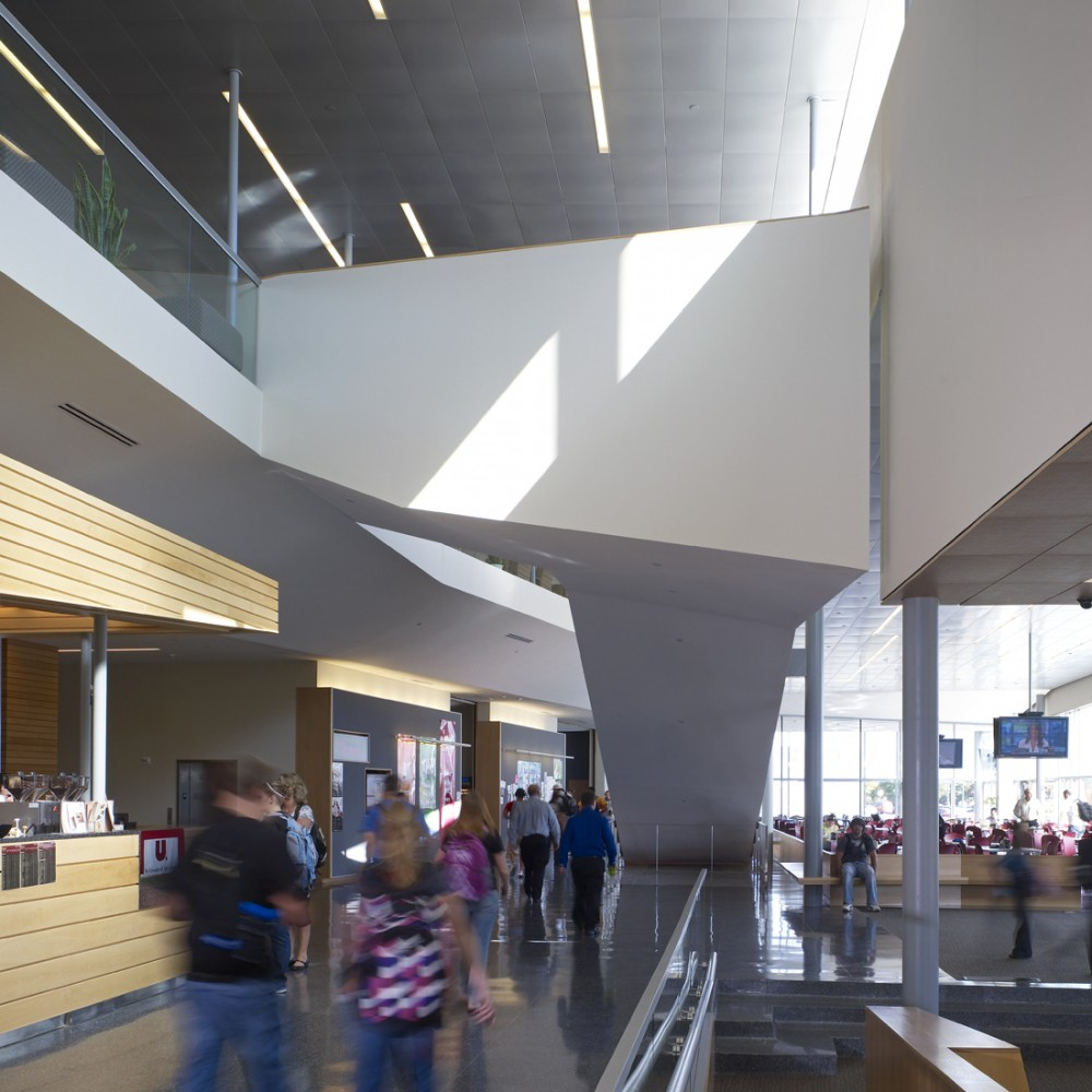 Muenster University Center / Charles Rose Architects
