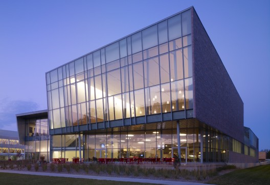 Muenster University Center / Charles Rose Architects Inc.  John Linden