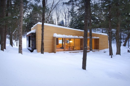 La Luge / YH2 Architecture  Francis Pelletier