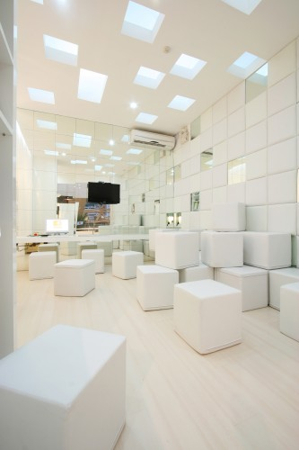 Dental Bliss / Integrated Field Co.,Ltd Courtesy of Integrated Field Co.,Ltd