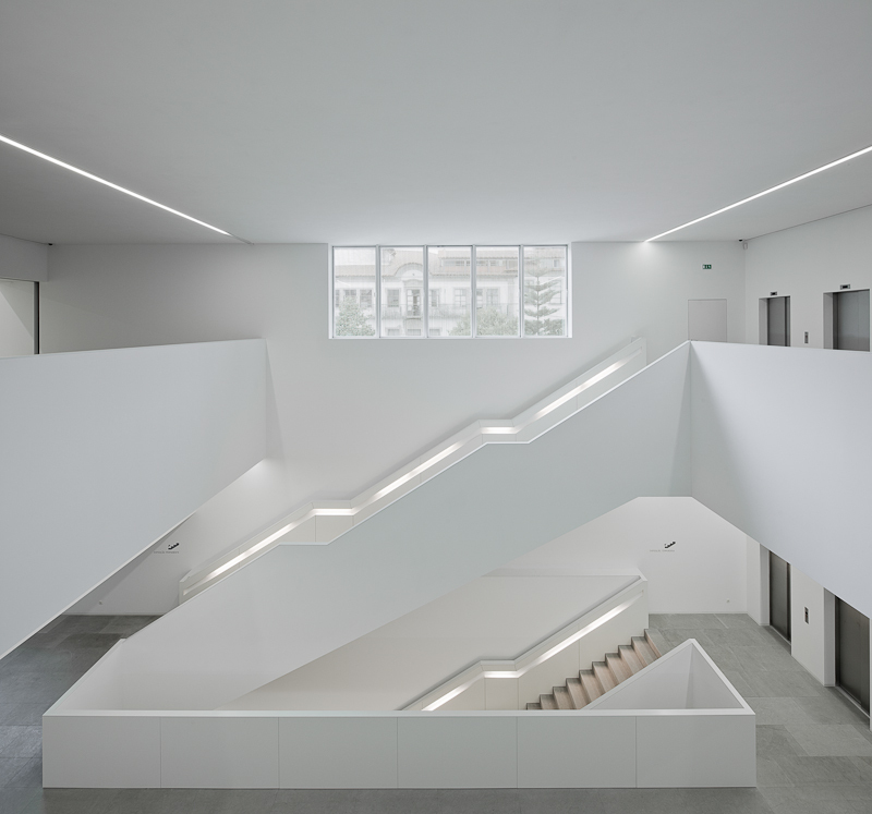 Platform of Arts and Creativity / Pitagoras Arquitectos
