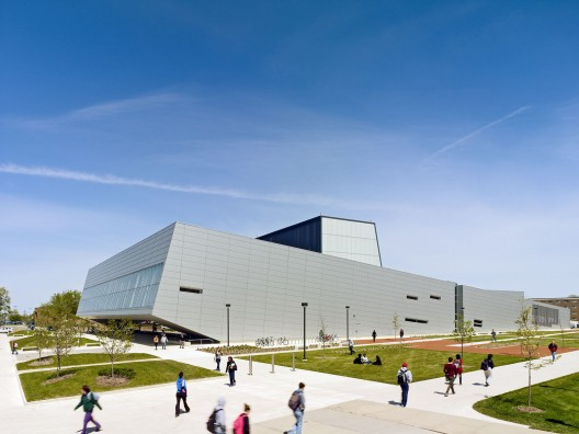 Wolfe Center for the Arts by Snøhetta / © Bruce Damonte