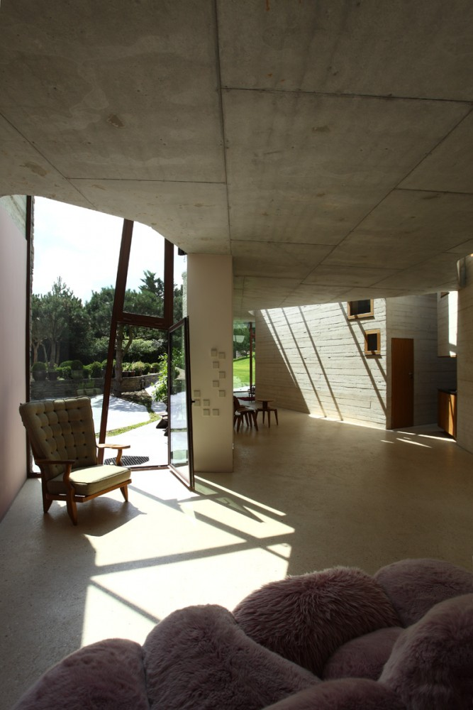 RIBA awards architecturespossibles with 2012 Manser Medal