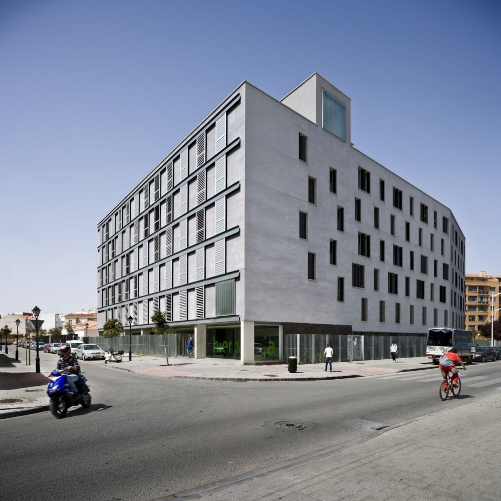 al4 _ 56 Social Housing VPO / Burgos &#038; Garrido arquitectos