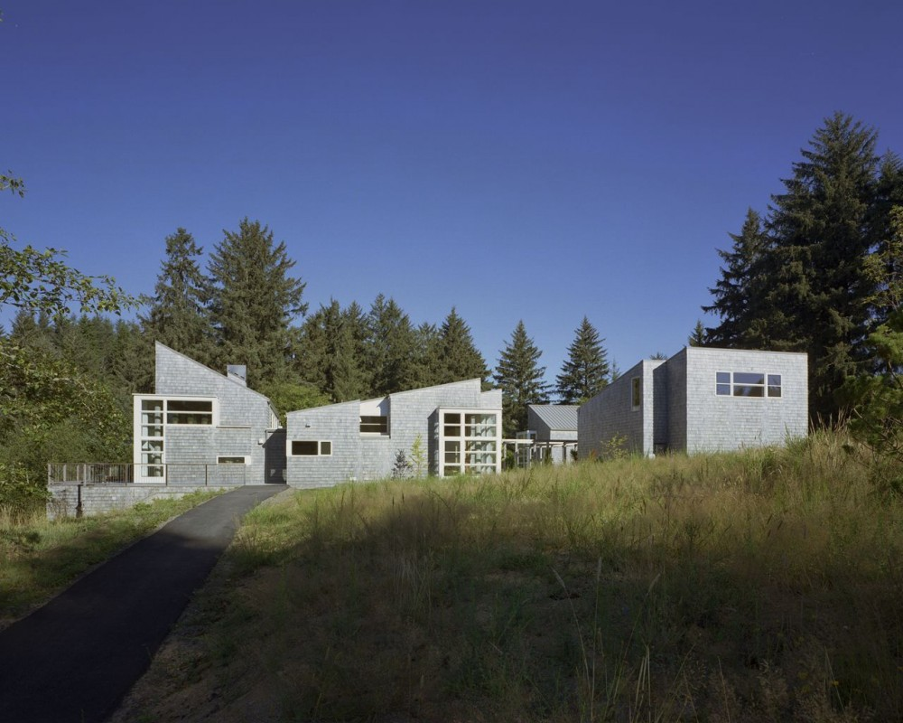 Caring Cabin / TVA Architects