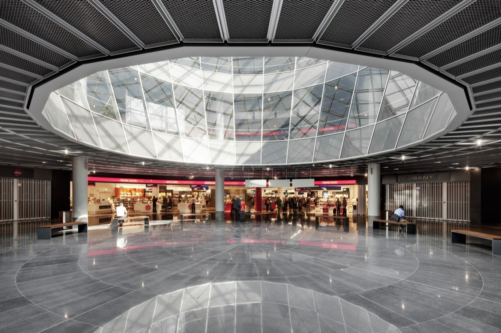 Extension of Gate A at Frankfurt Airport / gmp Architekten