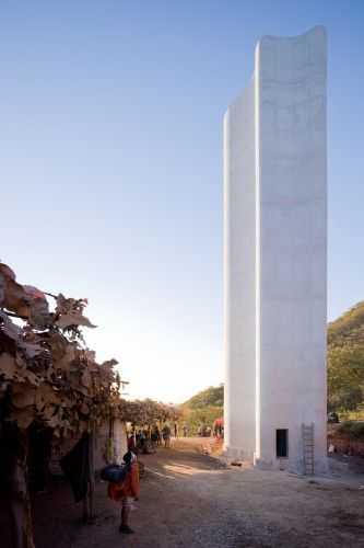Cerro del Obispo Lookout Point / Christ & Gantenbein © Iwan Baan