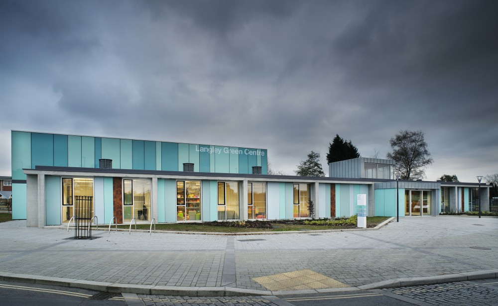 Langley Green Children's Centre / Re-Format