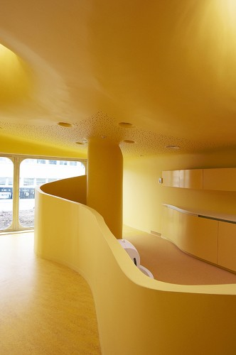 childcare facilities in boulay paul le quernec archdaily. Black Bedroom Furniture Sets. Home Design Ideas