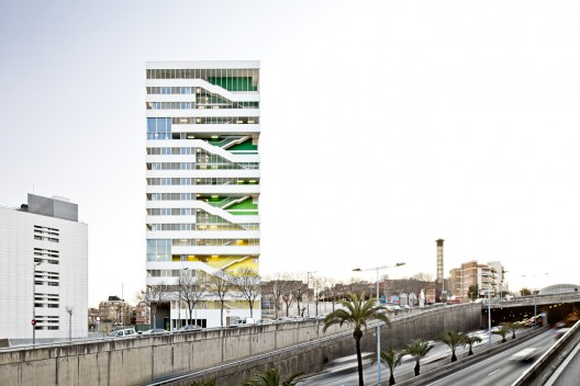 Julia Tower / Sergi Pons Architecte © Adrià Goula