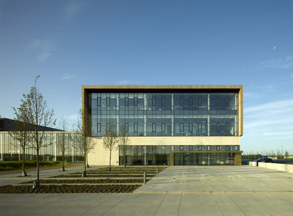Bestseller Logistics Centre North / C.F. Møller Architects