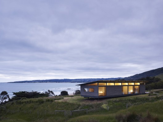 Sugar Gum House / Rob Kennon Architects © Derek Swalwell
