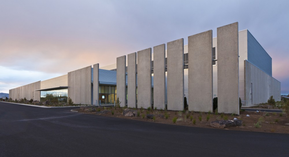 Facebook Prineville Data Center / Sheehan Partners