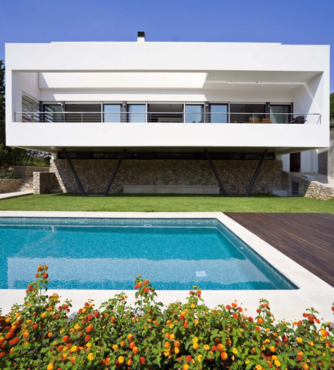 Villa Bonanova / CMV Architects