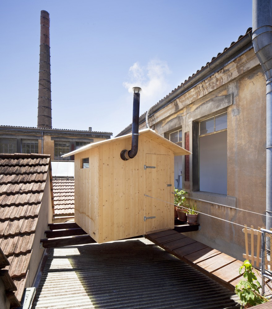 A Sauna  / BUREAU A