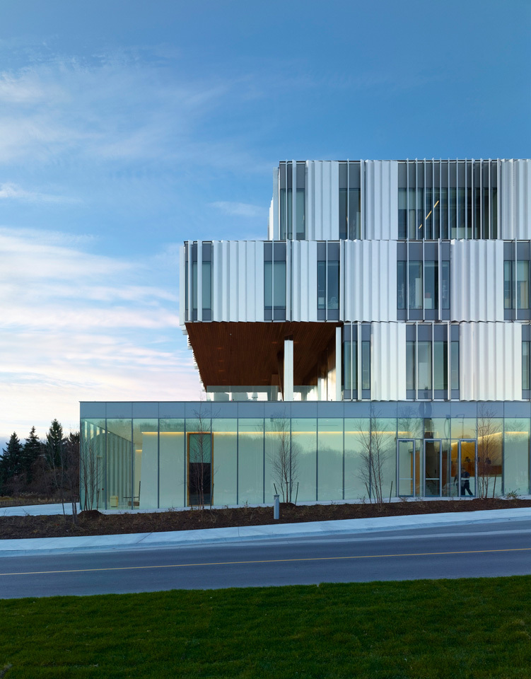 Terrence Donnelly Health Sciences Complex / Kongats Architects