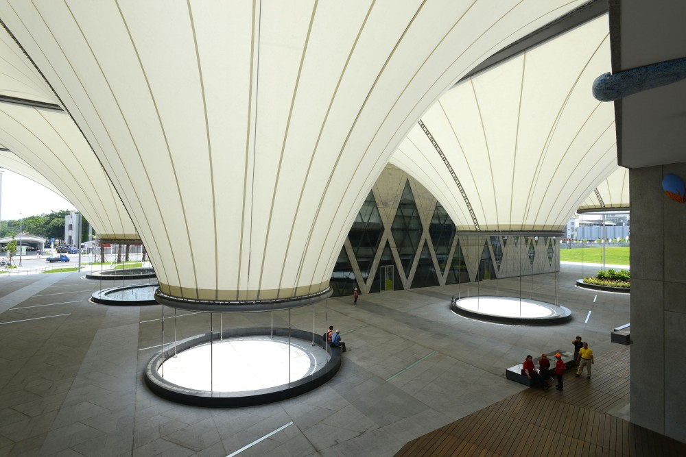 Dadong Art Center / Cie + MAYU architects