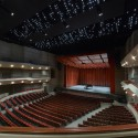 Wagner Noël Performing Arts Center / Boora Architects + Rhotenberry Wellen Architects © Timothy Hursley