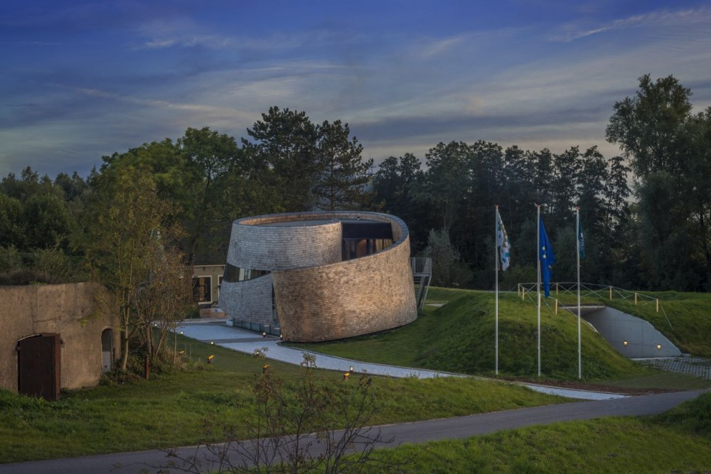 Puur Pavilion / emma Architecten