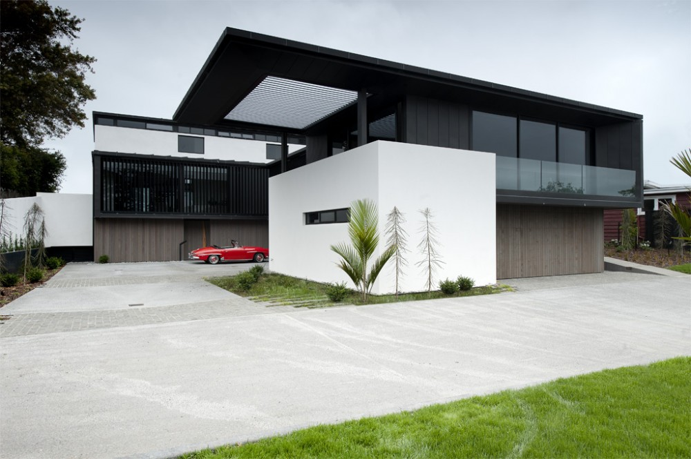 Lucerne / Daniel Marshall Architects