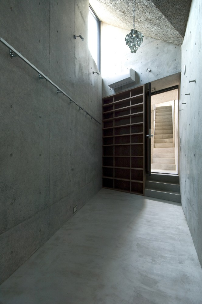 Okusawa House / Hiroyuki Ito + O.F.D.A.