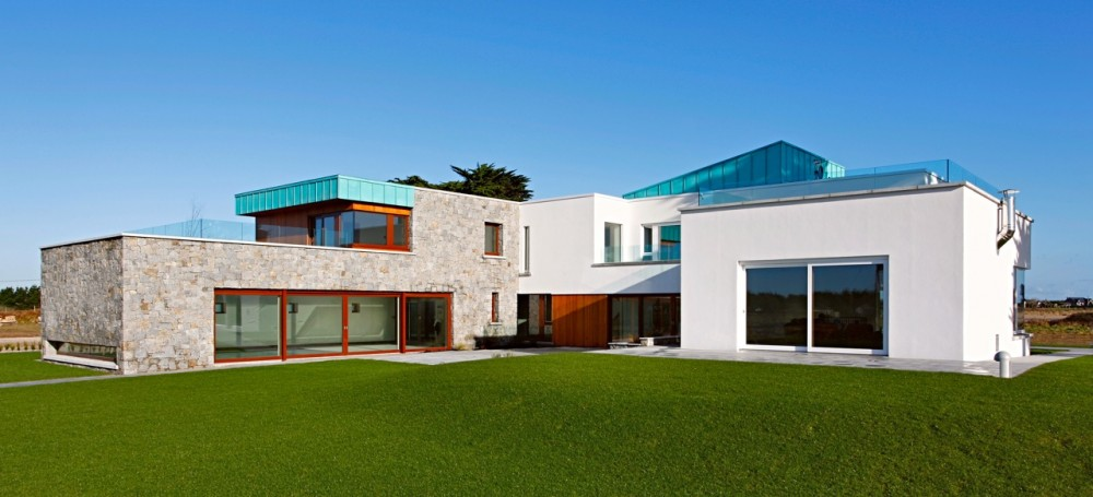 Longacres House / Damien Murtagh