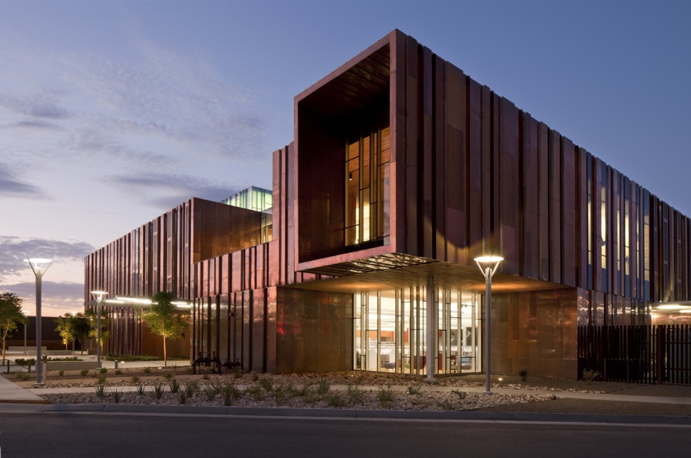 South Mountain Community Library / Richrd+Bauer