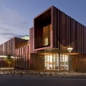 South Mountain Community Library / Richärd+Bauer (1) © Bill Timmerman