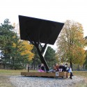 &#039;Black Tree&#039; Public Solar Charger (4)  Milo Milivojevi