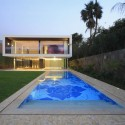 Casuarinas House / Metropolis  Juan Solano