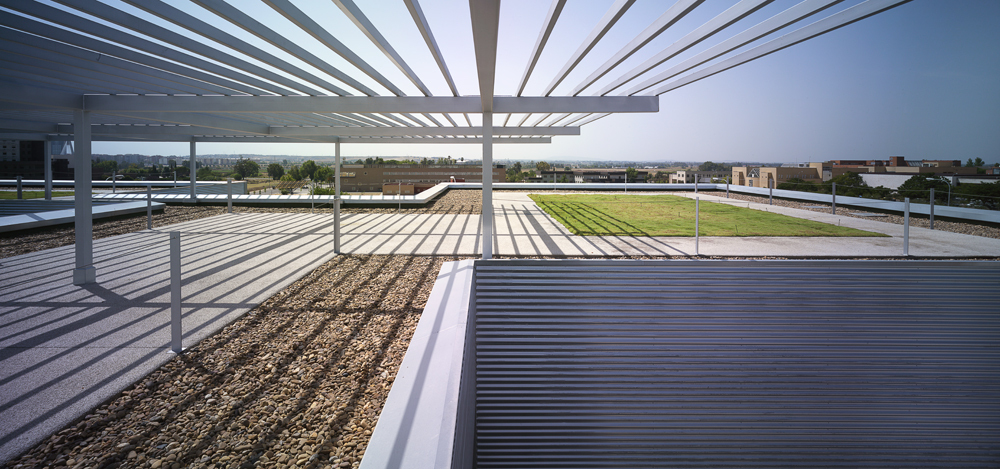 Technology Center of the Extremadura University / Fernndez del Castillo Arquitectos