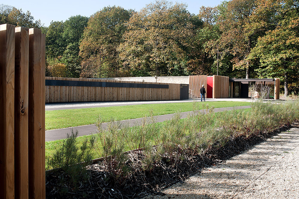 Velizy Cemetery / Philippe Harden + Olivier Roz Architects