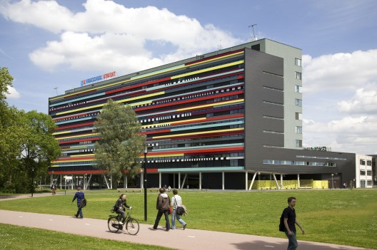 Department of Education Hogeschool Utrecht / Ector Hoogstad Architecten © Marcel van Kerckhoven