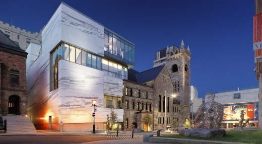 Canadian Museum in a Church / Provencher Roy + Associs Architectes  Marc Cramer