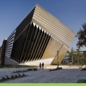 Eli &amp; Edythe Broad Art Museum / Zaha Hadid Architects  Paul Warchol