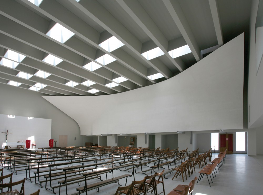 Christ Resurrection Church / Cino Zucchi Architetti