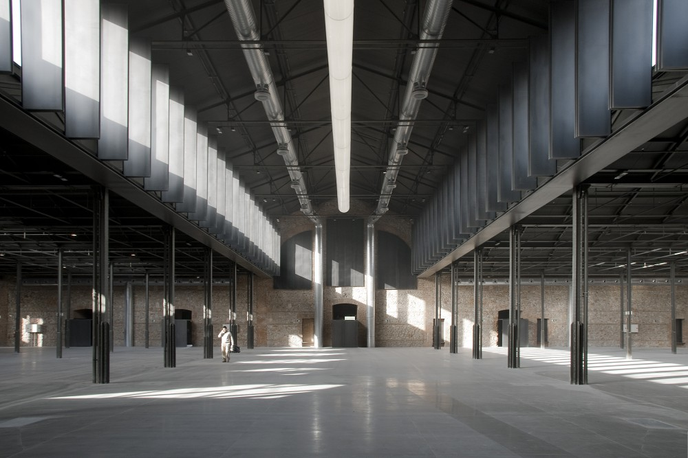 Hangar 16 / Iaqui Carnicero Architecture